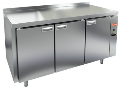 Стол холодильный HiCold SN 111/TN P